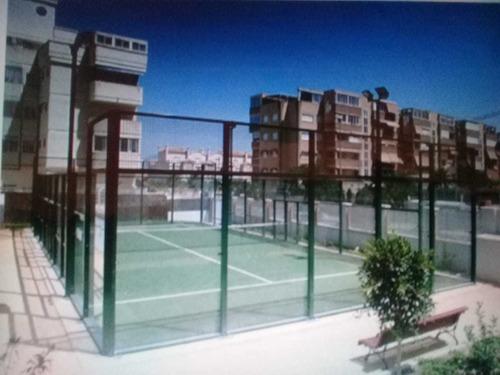 construcción: canchas de padel, tenis, fútbol, polideportivo