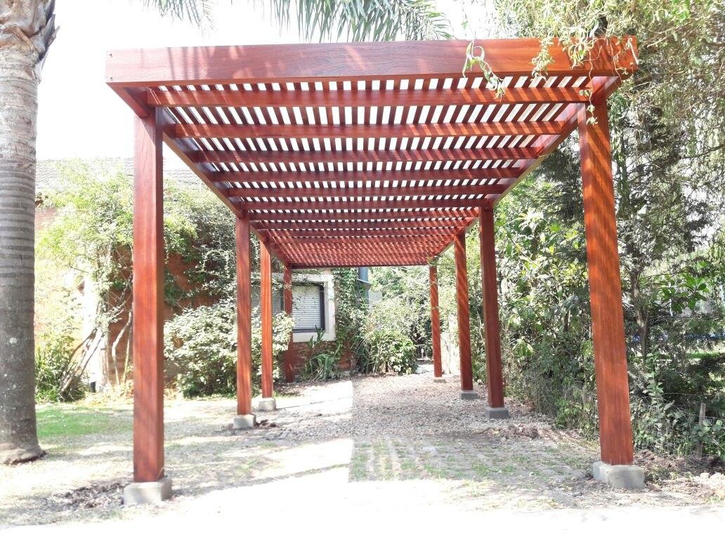 Construcci n de caba as de madera decks pergolas y m s - Construccion de pergolas de madera ...