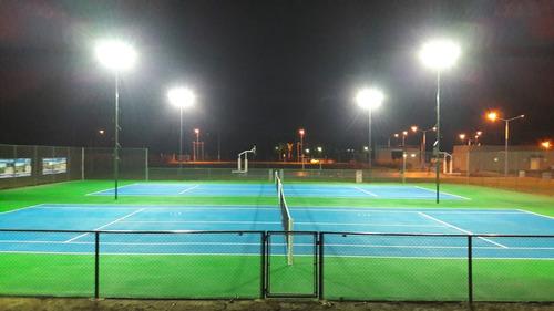 construcción de canchas de tenis sintéticas