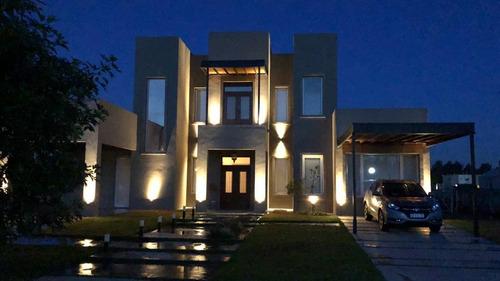 construccion de casas llave en mano  u$s 700 m2