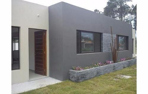 construcción de casas minimalistas e industrializadas