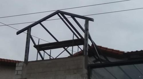 construcción de estructuras metálicas y reparación de techos