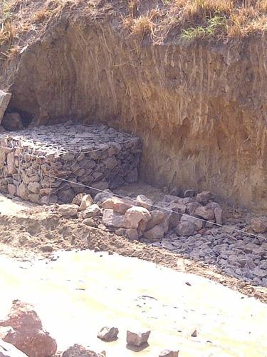 construccion de muros y gaviones de piedra, lajas, adoquines