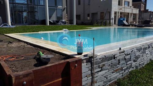 construcción de piscinas de hormigón con 20 años de exp.