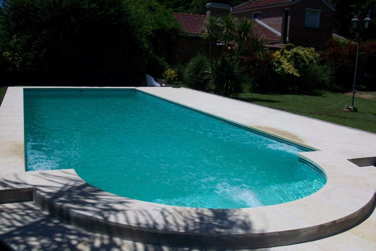 Construcci n de piscinas de hormig n oferta 8x4 en for Ofertas de piscinas estructurales
