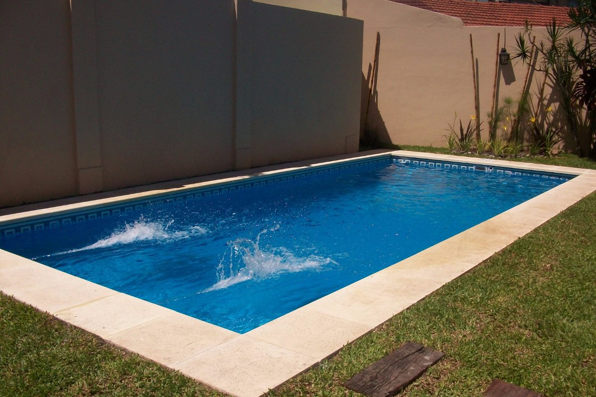 Precio piscina hormigon simple hormign with precio for Costo piscinas hormigon