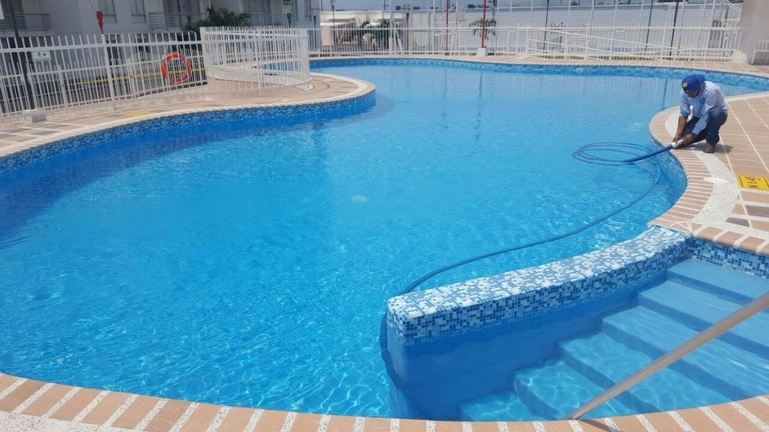 Construcci n de piscinas en colombia en mercado libre for Construccion de piscinas temperadas