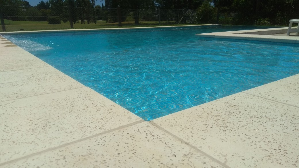 Construcci n de piscinas en hormig n proyectado for Construccion de piscinas de hormigon