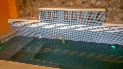 construcción de piscinas en hormigón rio dulce