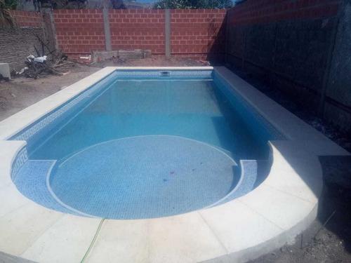 construcción de piscinas (piscinas deluxe)