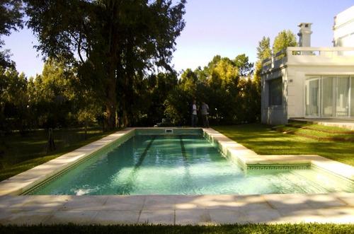 construcción de piscinas sistema europeo en hormigón armado