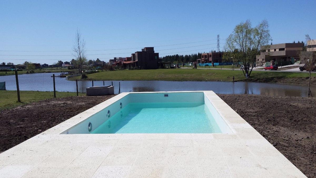 Construcci n integral de piscinas 7x3 oferta for Oferta construccion de piscinas