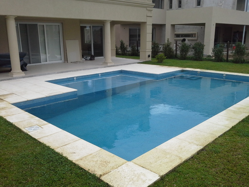 Construcci n piscinas de hormig n lista para usar 10 dto for Construccion piscinas hormigon