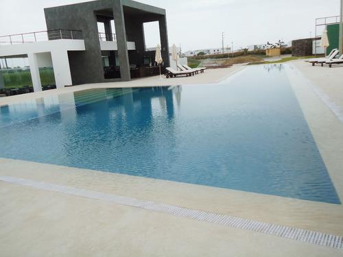 construcción, remodelación y equipamiento de piscinas