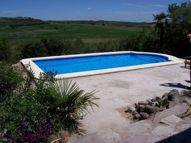 Construccion reparacion piscinas de hormigon fibra y for Construccion de piscinas en uruguay