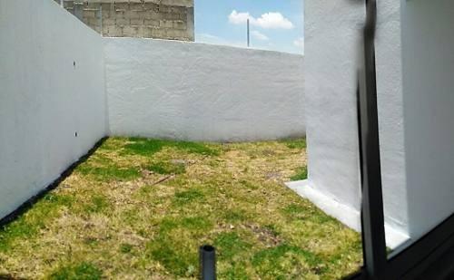 construcción tradicional en metepec (atrás de sportika)