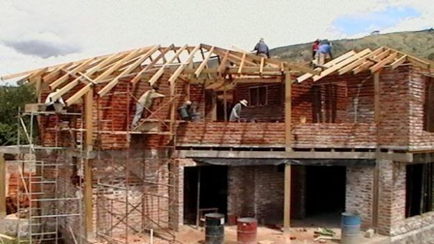 construcción y remodelacion de todo tipo de edificaciones