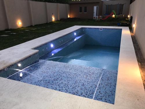 construcción y reparación de piscinas