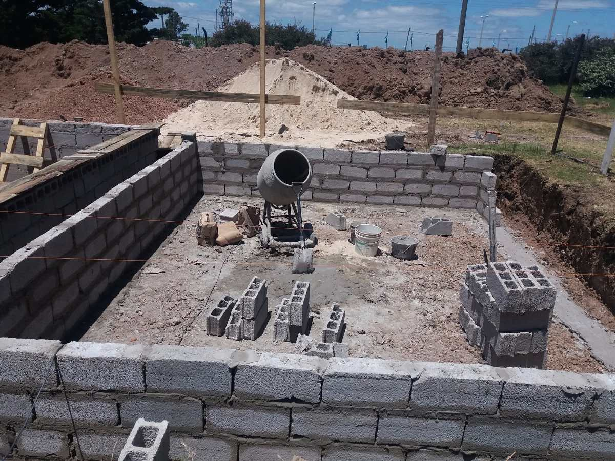 Construccion y reparacion de piscinas de hormigon for Construccion de piscinas en uruguay
