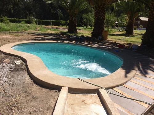 construcción y revestimiento piscinas de hormigón