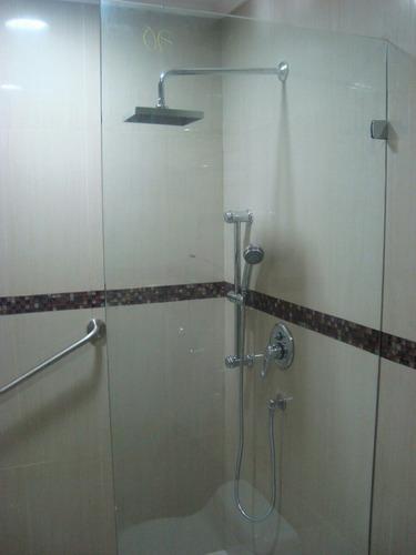 construcciones sistema drywall- puertas para ducha