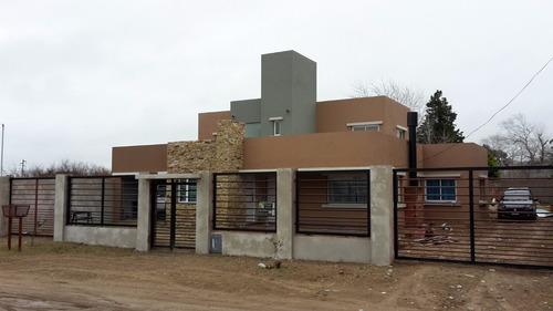 constructora  - estilo minimalista y tradicional - $5500xm2