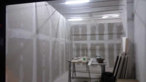 construímos com drywall e comunicação visual