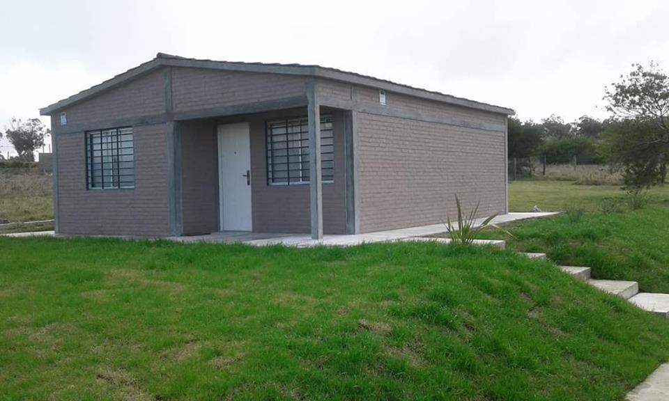 construimos su casa 49 m2, ladrillo y plancha 2 dormitorios