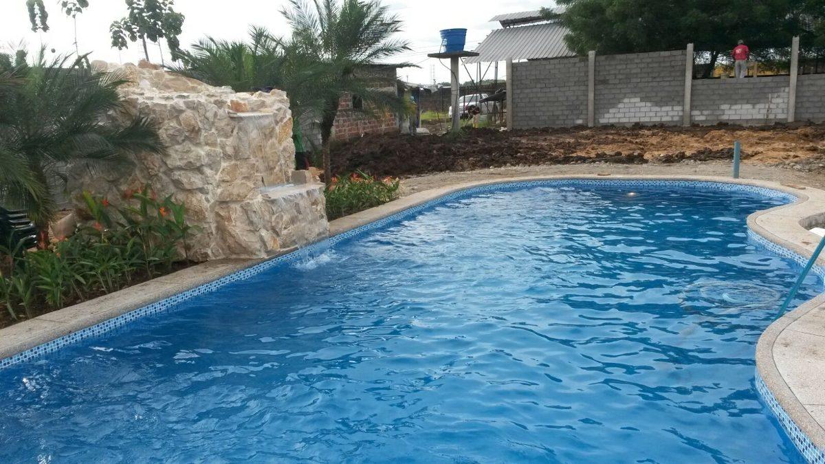 construimos tu piscina jacuzzi cascada a nivel nacional