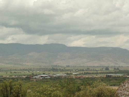 construya su  casa de descanso con una hermosa vista, ¡frente a un valle!