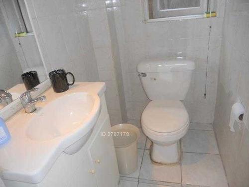 consulta 3 priv / 2 baños metro salvador .