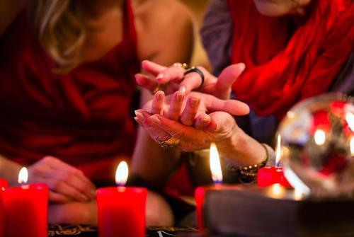 consulta de espiritual tarot  poderoso amarre