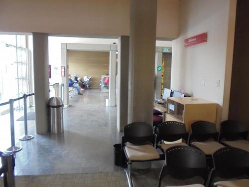 consultorio en  arriendo