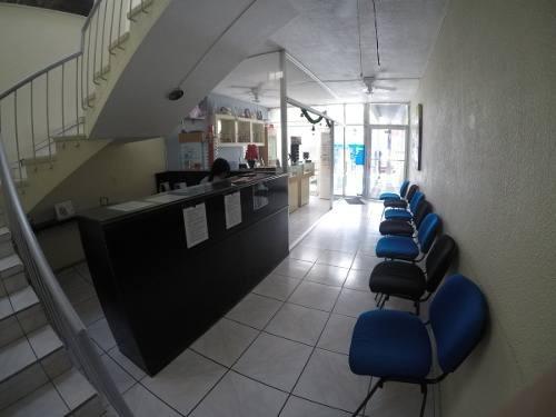 consultorio en la col. americana, servicios incluidos