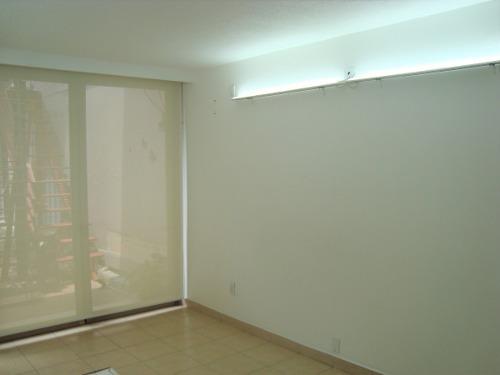 consultorio/oficina muy iluminada-  excelente ubicación