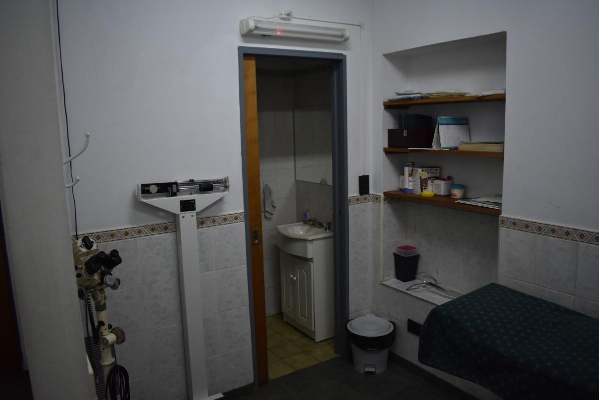consultorios medicos quilmes centro