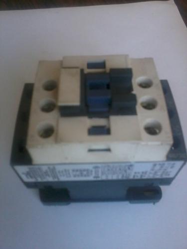 contactor telemecanique 9a  tripolar bobina 110 vac, lc1 d09