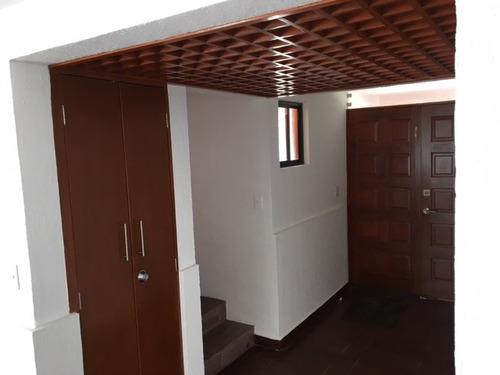 contadero, casa en conjunto de 6 casas, tres autos, 243 m2.