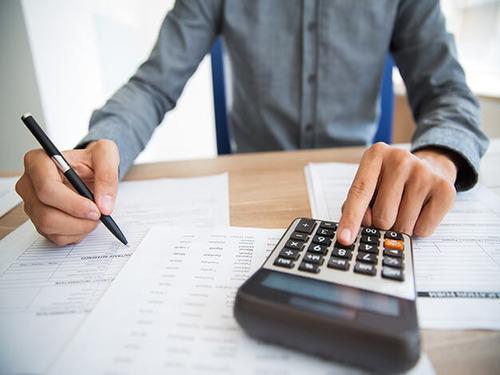 contadora pública - liquidaciones de impuestos