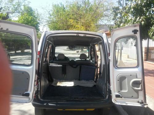 contamos con un vehículo para traslados en todo el pais