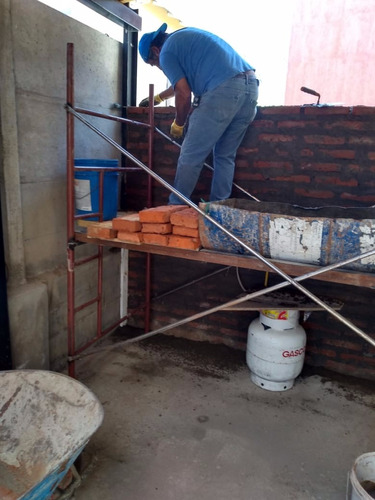 contratista. obras menores en construcción