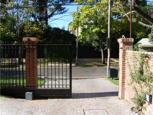 control de acceso a edificios portones barreras automaticos