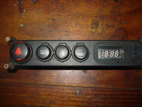 control de tablero y reloj de kia sportage del 2000
