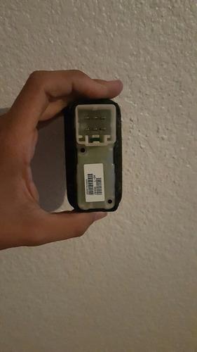 control de vidrio trasero izquierdo charger 2006-2010