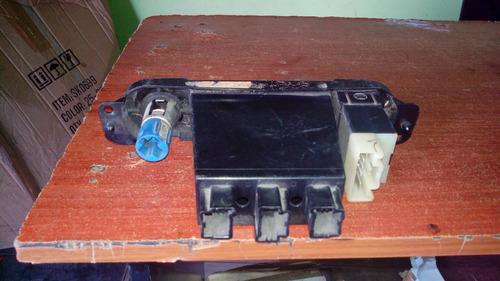 control de vidrio trasero+salida de energia donge neon 2008