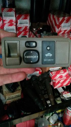 control mando retrovisores toyota