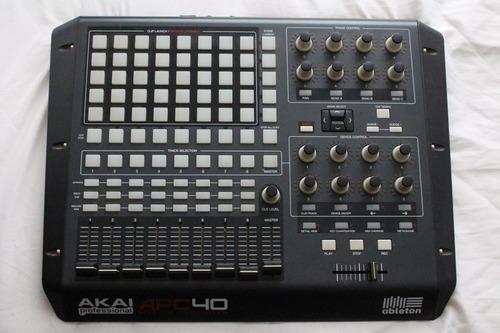 controladora akai apc40