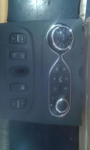 controle  ar condicionado sandero step way com moldura
