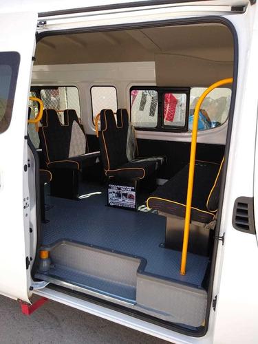 conversación de asiento tipo autobús  trabajo de calidad