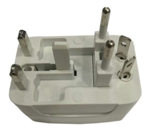 convertidor de toma corriente con supresor de picos 3517